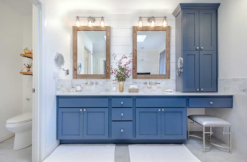 Country Chic Master Bathroom